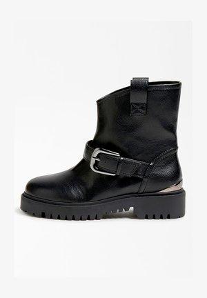 ORICAN BOUCLE - Cowboy/biker ankle boot - noir