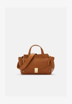 PASHLI SOFT MINI SATCHEL - Handbag - cinnamon