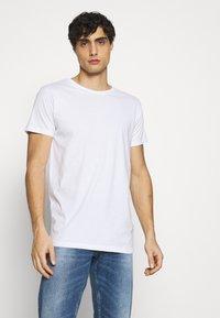 Kronstadt - ELON  3PACK - T-shirt basique - navy/white/black - 1