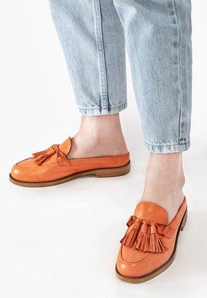 Mules - orange