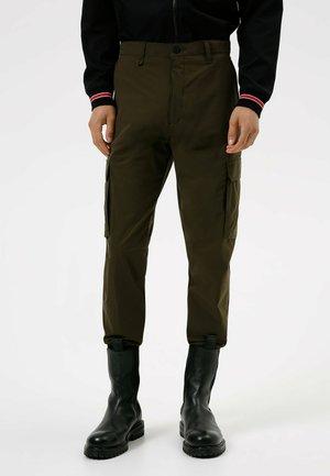 GLAVIN - Cargo trousers - dark green