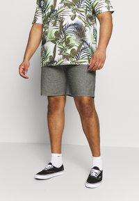 Jack´s Sportswear - RELAXT FIT - Shorts - black mix - 0