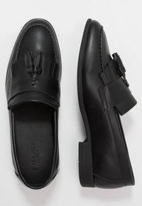 New Look - LARRY TASSEL LOAFER - Mocassins - black - 1