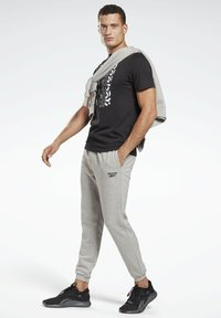 Reebok - VECTOR GRAPHIC SERIES ELEMENTS - T-shirt med print - black - 1