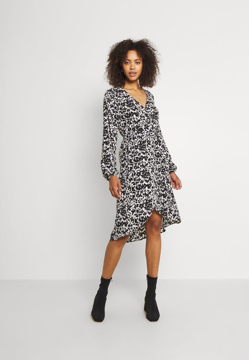 JDY - JDYROXANNE WRAP DRESS - Day dress - white/black
