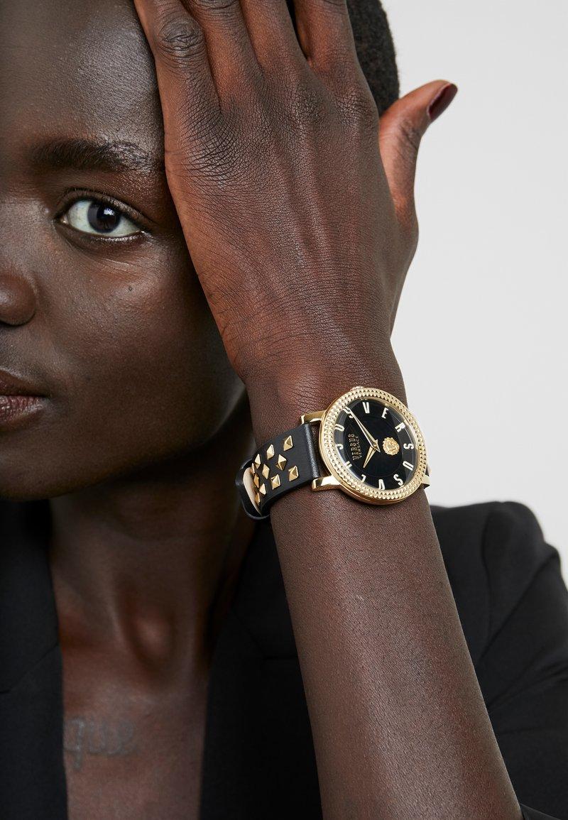Versus Versace - PIGALLE WOMEN - Reloj - black