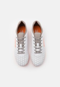 Umbro - VELOCITA V CLUB FG - Moulded stud football boots - white/carrot/frost gray - 3