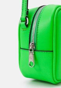 Calvin Klein Jeans - CAMERA BAG - Across body bag - green - 3