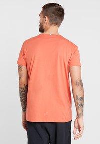Craft - DEFT 2.0 TEE - Camiseta estampada - pepper - 2