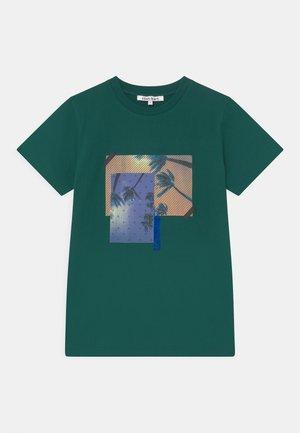 NATHAN - T-shirts print - botanical garden