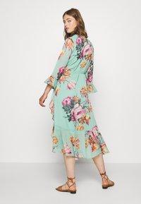 YAS - YASMALLA 3/4 DRESS SHOW - Kjole - light green - 2