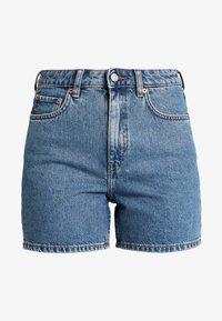 Weekday - EYA - Shorts di jeans - arizona blue - 5