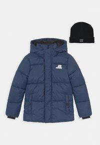 Vingino - TIAN SET - Winter jacket - navy blue/deep black - 0