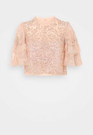 AURELIA EXCLUSIVE - Print T-shirt - apricot