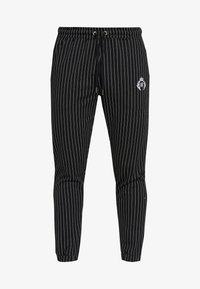 SIKSILK - DANI ALVES FITTED SMART PANTS - Pantalon classique - anthracite/white - 3