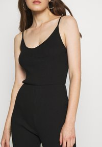 Even&Odd - BASIC - STRAPPY RIPPED JUMPSUIT - Jumpsuit - black - 5