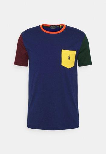 SHORT SLEEVE - T-shirts med print - fall royal multi