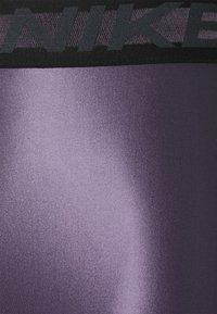 Nike Performance - Collant - dark raisin/black - 6