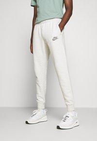 Nike Sportswear - Spodnie treningowe - multicolor/white - 0