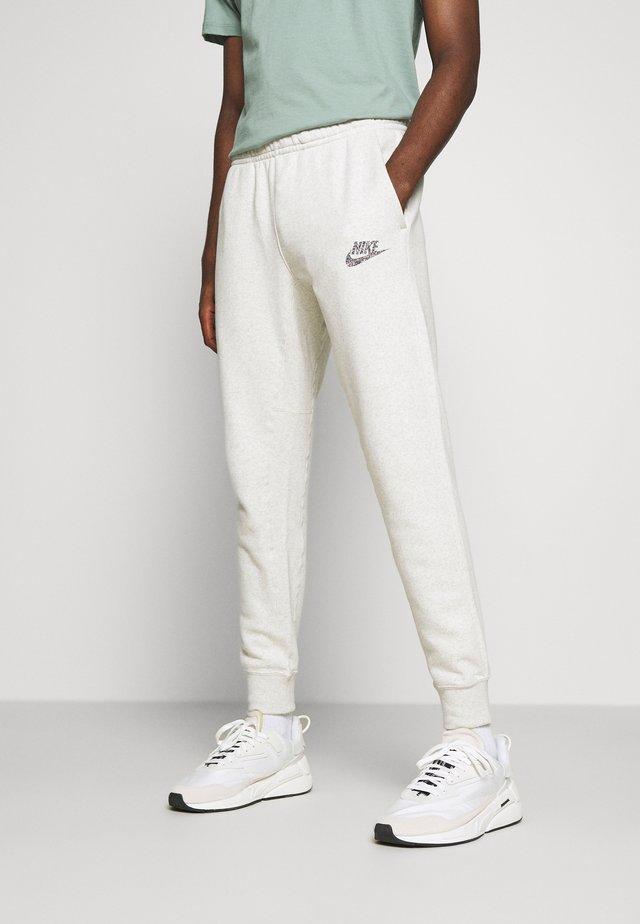 JOGGER  - Spodnie treningowe - multicolor/white