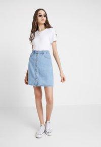 ONLY - ONLFARRAH SKIRT  - A-line skirt - light blue denim - 1