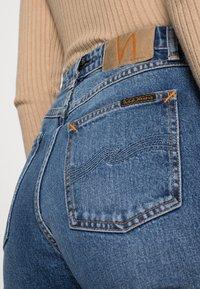Nudie Jeans - STRAIGHT SALLY INDIGO AUTUMN - Straight leg jeans - indigo autumn - 4