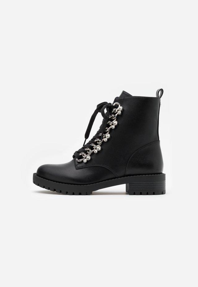 HINLEE - Veterboots - black