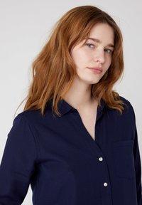 Wrangler - Button-down blouse - navy blue - 3