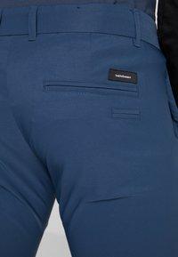 Peak Performance - NASH - Trousers - blue steel - 4