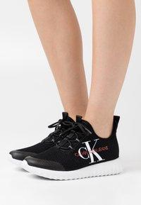 Calvin Klein Jeans - ROSILEE - Tenisky - black - 0