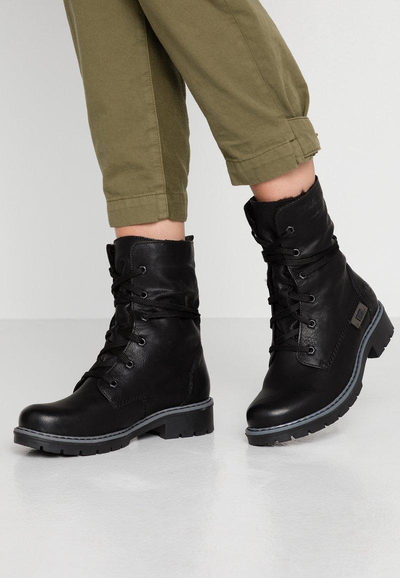 Rieker - Winter boots - schwarz/graphit