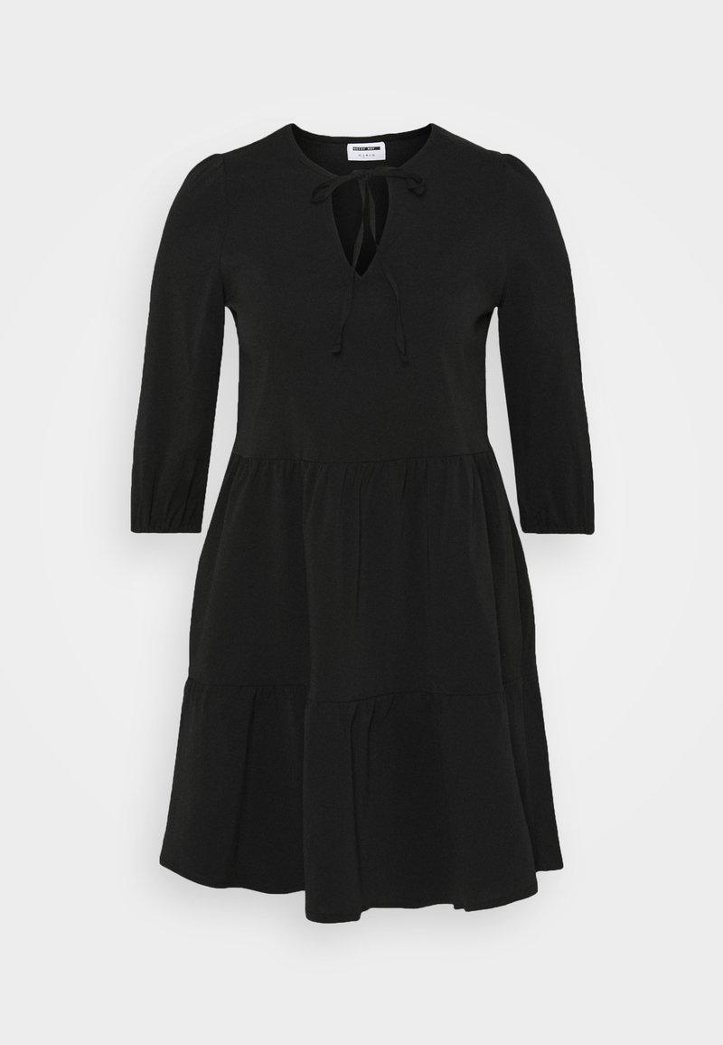Noisy May Petite NMLIVE SHORT DRESS - Freizeitkleid - black/schwarz xQcjEo