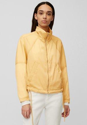 Summer jacket - iced vanilla