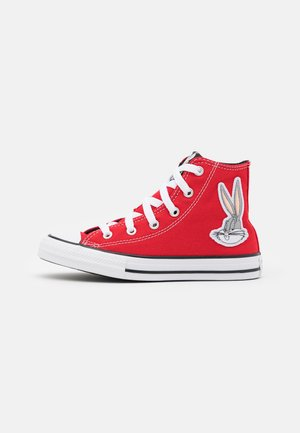 CHUCK TAYLOR ALL STAR BUGS BUNNY 80TH VARSITY PATCH UNISEX - Sneakers alte - red/white/black
