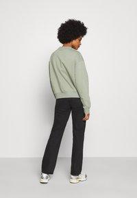 Weekday - AMAZE  - Sweatshirt - sage green - 2