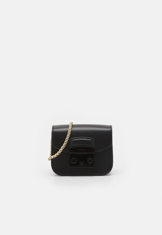 METROPOLIS MICRO BAG CHAIN - Schoudertas - nero