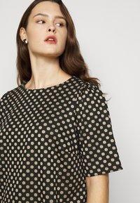 Dorothy Perkins Curve - SPOT  - Print T-shirt - multi - 4