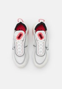 Nike Sportswear - AIR MAX 2090 - Zapatillas - summit white/black/siren red/white - 5