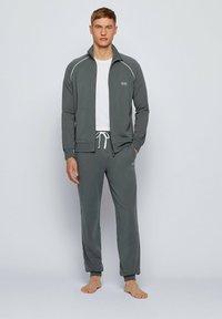 BOSS - Zip-up hoodie - dark green - 1