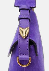Alberta Ferretti - SHOULDER BAG FLAP - Handbag - blue - 5