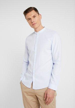 HERRINGBONE - Shirt - light blue