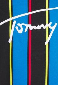 Tommy Hilfiger - DROP SHOULDER TEE - Haut de pyjama - black - 2