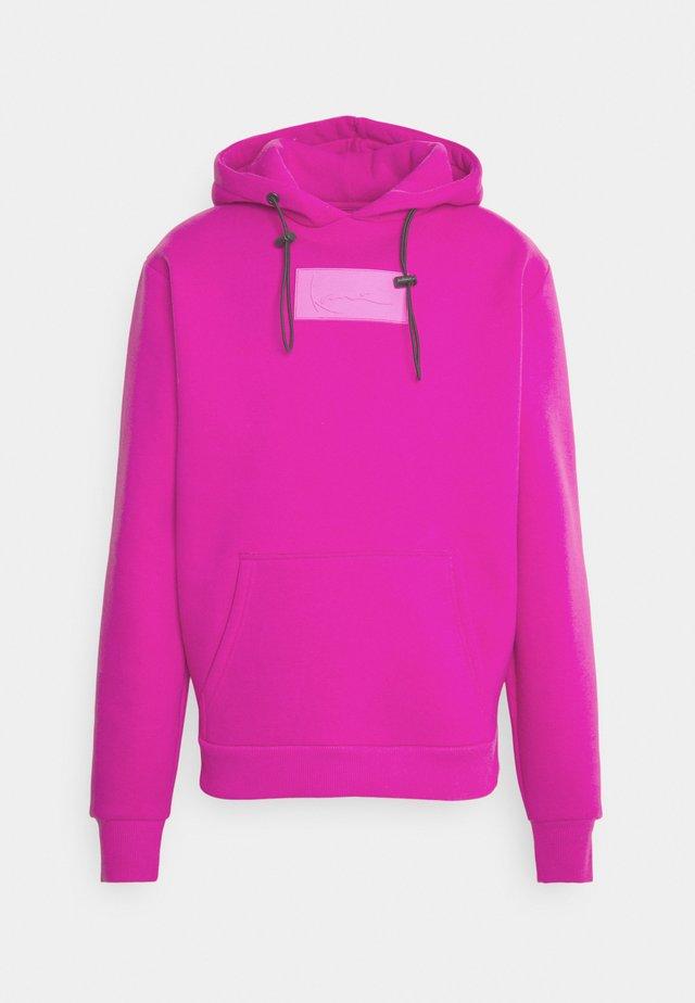 SMALL SIGNATURE BOX HOODIE UNISEX  - Felpa - pink