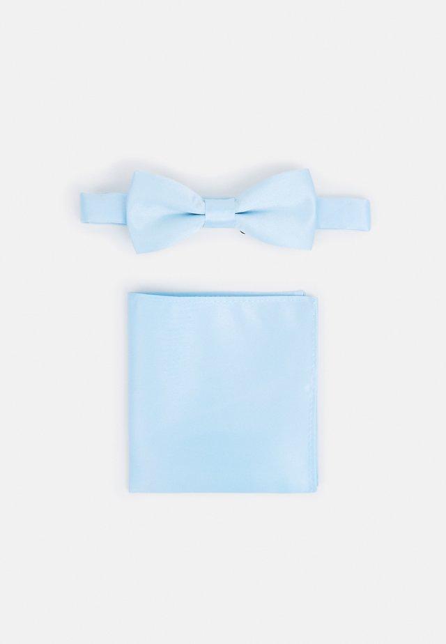 ONSTRENT BOW TIE BOX HANKERCHIEF SET - Taskuliina - cool blue