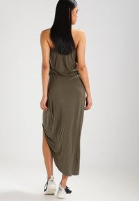 Urban Classics - Maxi dress - olive - 3