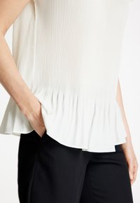 Gerry Weber - Blouse - off-white - 1