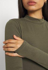 Noisy May - NMLEONORA HIGH NECK - Long sleeved top - kalamata - 4