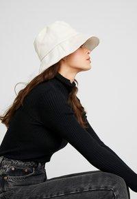 Samsøe Samsøe - KENNA HAT - Sombrero - warm white - 1
