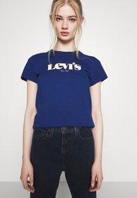 Levi's® - THE PERFECT TEE - Print T-shirt - estate blue - 3