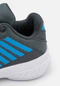 K-SWISS - COURT EXPRESS CARPET UNISEX - Carpet court tennis shoes - dark shadow/white/swedish blue - 5
